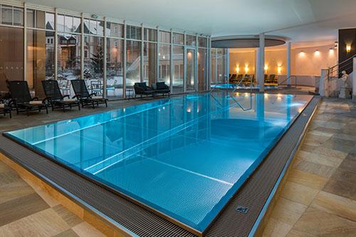 Der größte Wellness-Bereich mit einem Meerwasser-Swimming-Pool